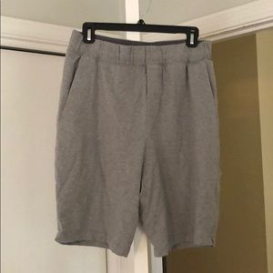 Lululemon gray shorts